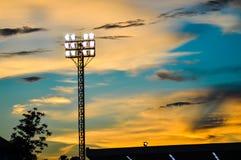 Campo de futebol dos projectores da coluna. Fotografia de Stock Royalty Free