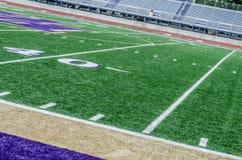 Campo de futebol na linha de jardas 40 Fotografia de Stock