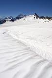 Campo de gelo perto de Elbrus Foto de Stock