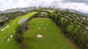 Campo de golf aéreo 4k