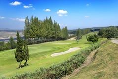 Campo de golf en la colina Foto de archivo