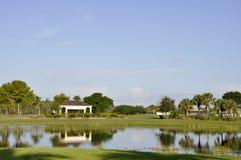 Campo de golf en Nápoles, la Florida Fotos de archivo