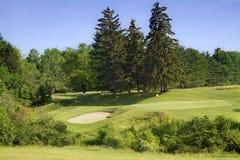 Campo de golf escénico Imagenes de archivo