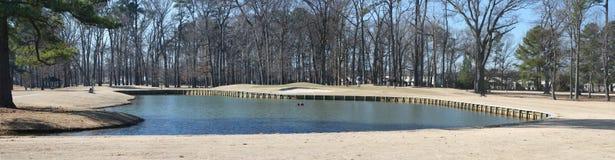 Campo de golfe do inverno panorâmico Fotografia de Stock Royalty Free