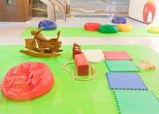 Campo de jogos das crianças internas Fotografia de Stock Royalty Free