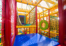 Campo de jogos interno para crianças Fotografia de Stock