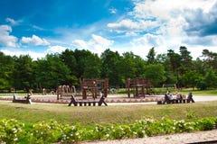 Campo de jogos de madeira ecológico imagens de stock