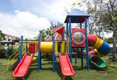 Campo de jogos moderno das crianças na paridade Imagem de Stock Royalty Free