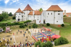 Campo de jogos na frente da cidade velha de Varazdin Imagens de Stock