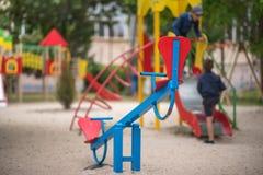 Campo de jogos para crianças pequenas, facilidades recreacionais Imagem de Stock Royalty Free