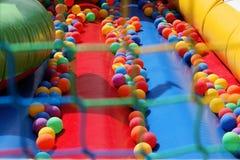 Campo de jogos perigoso - saúde e segurança no jogo Foto de Stock