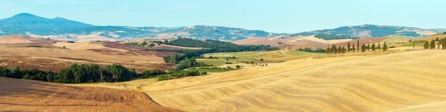 Campo de la salida del sol de Toscana, Italia imagen de archivo libre de regalías