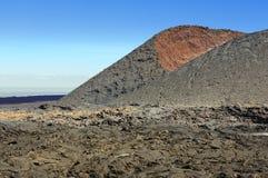 Montanha vulcânica no parque nacional de Timanfaya, ilha de Lanzarote, imagens de stock