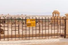 Campo de minas em Jordan Valley, Israel fotos de stock