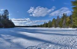 Campo de neve Fotografia de Stock Royalty Free