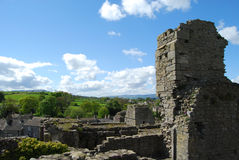 Campo de North Yorkshire de la torre en el castillo de Middleham Imagen de archivo
