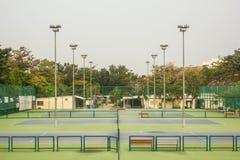 Campo de tênis - jogador de tênis Fotografia de Stock
