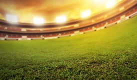 Campo del estadio de fútbol en la tarde Fotografía de archivo libre de regalías