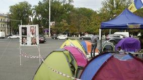 Campo del manifestante en el centro de Chisinau, el Moldavia metrajes