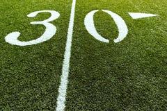 Campo di football americano con 30 yarde   Fotografie Stock