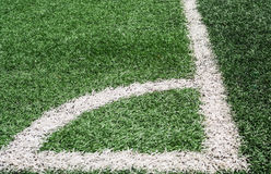 Campo di football americano fatto da erba artificiale Immagine Stock