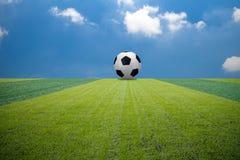Campo di football americano verde di calcio Fotografie Stock
