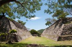 Campo do jogo de bola Xochicalco Imagens de Stock