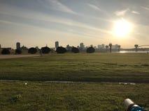 Campo do por do sol do céu Fotografia de Stock Royalty Free