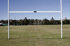 Campo do rugby - objetivo imagens de stock