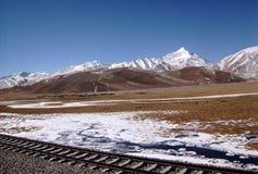 Campo dos Himalayas - Tibet - de um trem imagens de stock