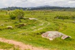 Campo e colline dell'azienda agricola Fotografia Stock Libera da Diritti