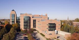 Campo - edifícios da universidade Imagem de Stock Royalty Free