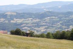 Campo en el Apennines boloñés Foto de archivo