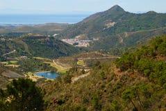 Campo, golfe e mar de Benahavis Foto de Stock Royalty Free