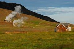 Campo in Hveragerdi, a sud dell'Islanda Fotografie Stock Libere da Diritti