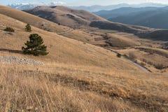 Campo Imperatore & x28;Aq Italy& x29;. Campo Imperatore, la meraviglia senza tempo del piccolo Tibet d& x27;Abruzzo Stock Photo