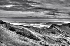 Campo Imperatore Osiąga szczyt Abruzzo Włochy czarny i biały Obraz Stock