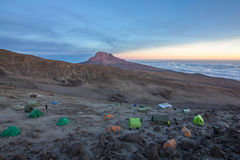 Campo Kilimanjaro de Barafu imagen de archivo libre de regalías