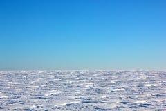 Campo nevado do inverno Foto de Stock Royalty Free