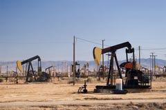 Campo petrolífero Fotografia de Stock Royalty Free