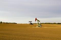 Campo petrolífero de Kansas imagen de archivo