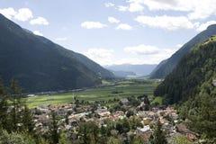 Campo Tures no vale de Puster Fotos de Stock Royalty Free