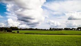 Campo verde no campo de Kashubian poland imagens de stock royalty free