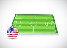 Campo y diseño del ejemplo del balón de fútbol Fotografía de archivo