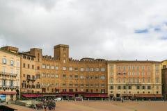 campodelitaly piazza siena Royaltyfri Foto
