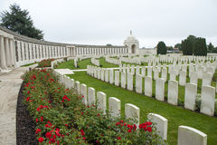 Campos de batalla salientes Bélgica de Tyne Cot Cemetery Zonnebeke Ypres Foto de archivo libre de regalías