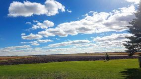 Campos de exploração agrícola fotografia de stock