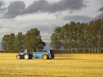 Campos de la fertilización Fotografía de archivo libre de regalías
