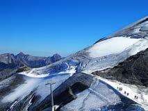 Campos de neve do Jungfrau nos alpes suíços Imagem de Stock