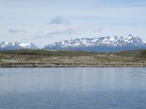 Campos e montanhas em Usuahia Argentina fotos de stock